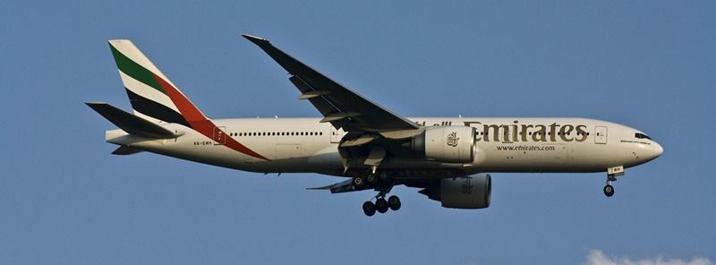 La aerolínea Emirates busca 3.000 nuevos tripulantes de cabina este año