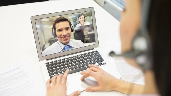 ¿Qué debes evitar en una entrevista online?
