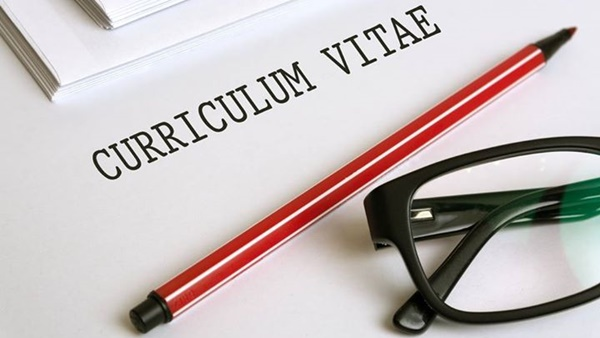 ¿Qué datos personales hay que poner en el currículum vitae?